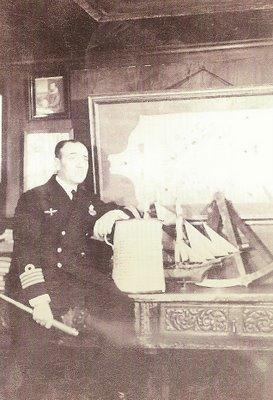 El almirante Julio Guillén Tato