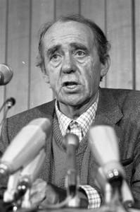Conoce a Heinrich Böll, escritor alemán