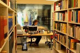 Conoce la Biblioteca del Instituto Cervantes en Brasilia