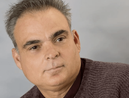 Entrevista a Andrés Pérez Mariz poeta ecuatoriano