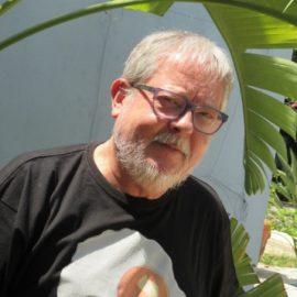 Josep Seguí, escritor de Lo que tenga que ser, será